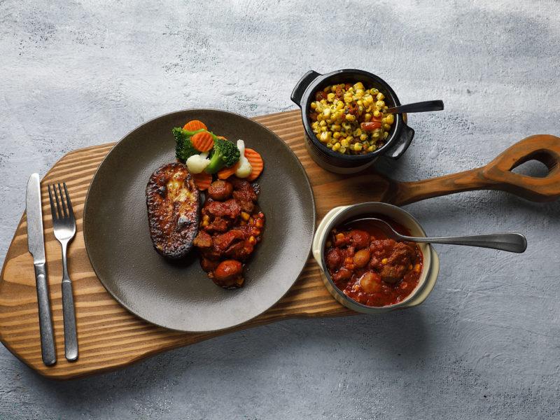 Amerikan BBQ-pata ja uuniperunaa